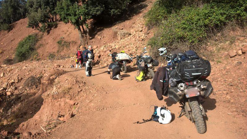 La première d'une longue série d'interventions sur la moto de Loulou