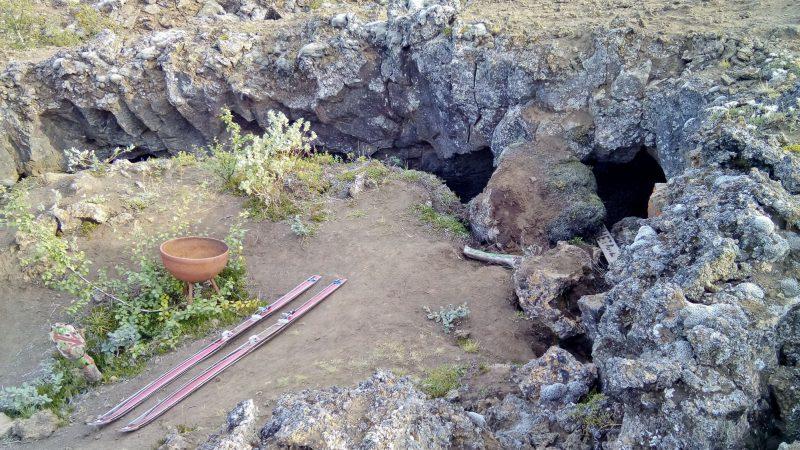 L'entrée de la grotte des Trolls